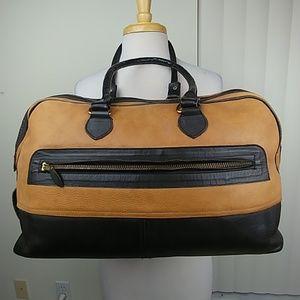 Lesanddra Leather